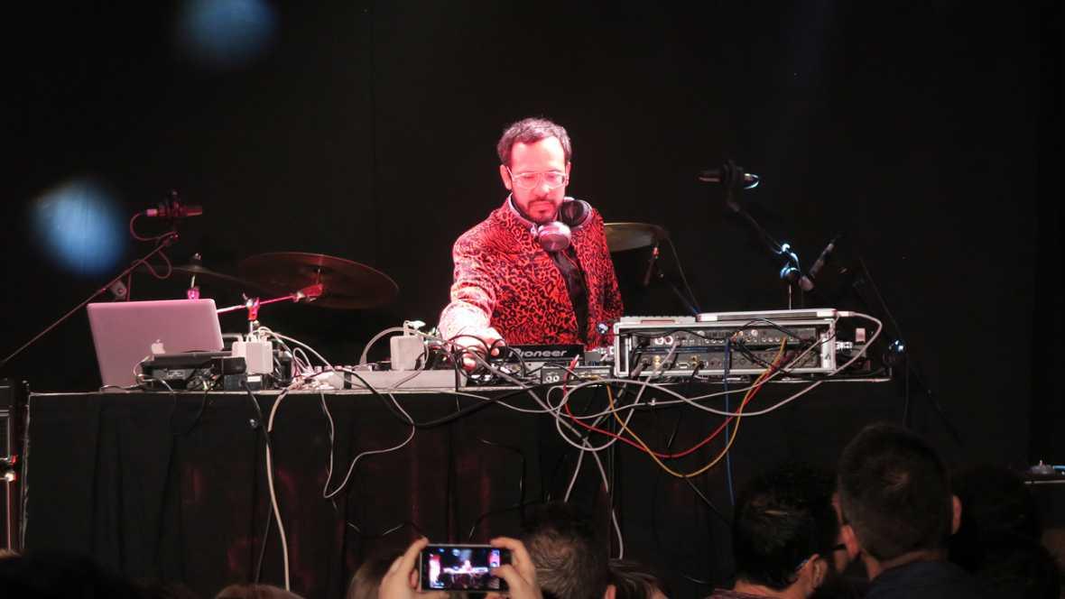 3ª Fiesta Radio 3 Extra - Actuaciones de Meneo y Ioan Gamboa - 17/02/16 - escuchar ahora