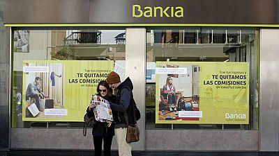 Radio 5 Actualidad - Ya tienen su dinero más de 11.000 accionistas de Bankia - Escuchar ahora