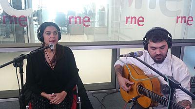 """Las mañanas de RNE - Alba Molina interpreta en directo """"La mariposa blanca"""" - Escuchar ahora"""