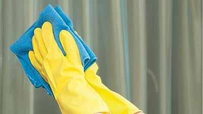 Radio 5 Actualidad - El 90% de los trabajadores domésticos carece de protección social - Escuchar ahora