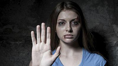 Entre paréntesis - 500 sentencias por violencia de género y solo dos posibles denuncias falsas - Escuchar ahora