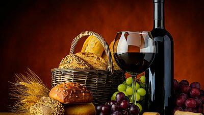 Entre paréntesis - Los secretos del Museo del Pan de Mayorga y el del Vino de Peñafiel - Escuchar ahora