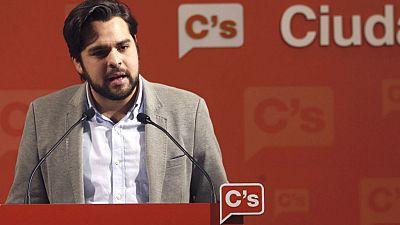 """24 horas - Fernando de Páramo (C's): """"Quien esté con la cabeza puesta en las encuestas será el peor parado"""" - 13/04/16 - Escuchar ahora"""