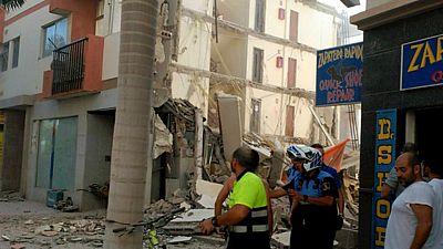 Boletines RNE - Tres heridos en el derrumbe de un edificio en el sur de Tenerife - Escuchar ahora