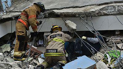 Boletines RNE - Despega el avión de la Fuerza Aérea Española con ayuda humanitaria a Ecuador - Escuchar ahora