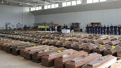Entre paréntesis - La tragedia de Lampedusa cumple un año - Escuchar ahora