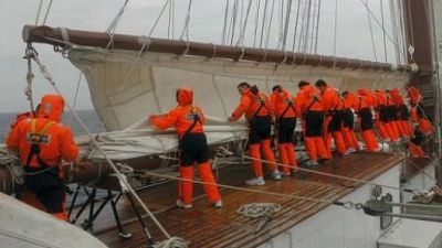 Españoles en la mar - Bolsa de Embarque -18/04/16 - escuchar ahora