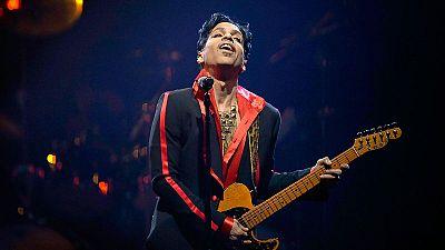 Prince - 'Kiss' (1986)