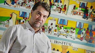Entre paréntesis - Pedro Alonso, un año al frente de la lucha contra la malaria en la OMS - Escuchar ahora