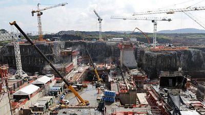 Marca España - La mayor obra de ingeniería del S. XXI, es española - 29/04/16 - escuchar ahora