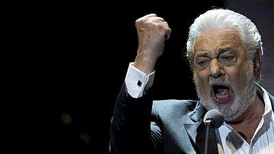 Entre paréntesis - Plácido Domingo, en el Teatro de la Zarzuela por Envera - Escuchar ahora