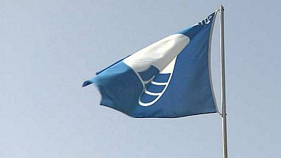 Radio 5 Actualidad - Las costas españolas lideran el ránking mundial de playas con banderas azules - Escuchar ahora