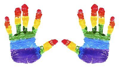 Entre paréntesis - 17 de mayo, Día Internacional contra la Homofobia - Escuchar ahora