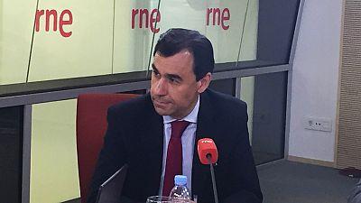 """Las ma�anas de RNE - Mart�nez-Maillo, sobre el debate a cuatro: """"Pedro S�nchez ha entrado en estado de p�nico"""" - Escuchar ahora"""