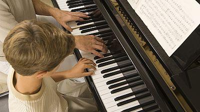 Gente despierta - La relación entre la música y la inteligencia - Escuchar ahora