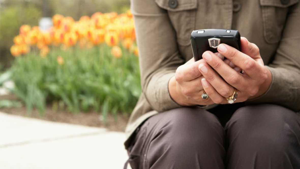 Diez minutos bien empleados - Buscar trabajo desde el móvil, ¿ruleta rusa? - Escuchar ahora
