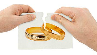 Radio 5 Actualidad - Descienden las demandas de separaciones y divorcios - Escuchar ahora