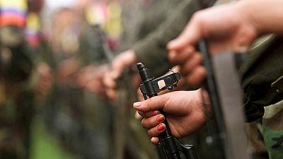 Boletines RNE - El gobierno colombiano y las FARC presentan el acuerdo de alto el fuego - Escuchar ahora