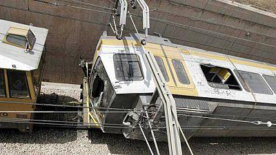 Boletines RNE - La Comisión de Investigación del accidente del metro de Valencia culpa a la inseguridad - Escuchar ahora