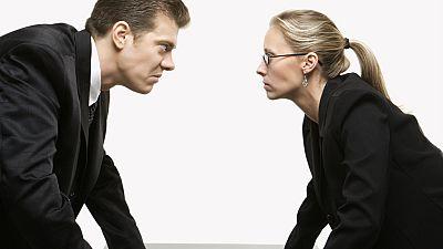 Diez minutos bien empleados - Conflictos laborales, �mejor por las buenas? - Escuchar ahora