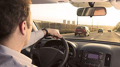 España vuelta y vuelta - El exceso de velocidad, la falta que más puntos resta del carnet de conducir - Escuchar ahora