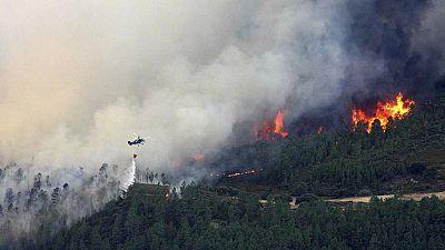 Entre paréntesis - Verano de riesgo elevado para los incendios - Escuchar ahora