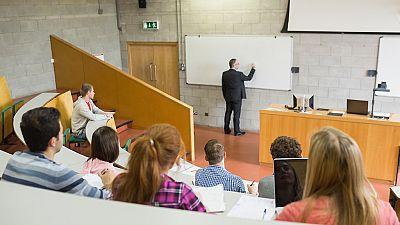 España vuelta y vuelta - La ambiciosa reestructuración de la Universidad Complutense, a debate - Escuchar ahora