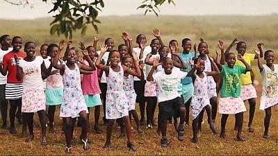 España vuelta y vuelta - El coro Safari, un proyecto para sacar de la pobreza a niños huérfanos de Uganda - Escuchar ahora
