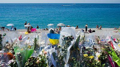 Boletines RNE - Dos posibles cómplices del autor de la masacre de Niza siguen detenidos - Escuchar ahora