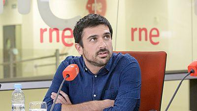 """Las mañanas de RNE - Ramón Espinar dice que el PSOE """"no tiene ganas"""" de explorar alternativas a Rajoy - Escuchar ahora"""