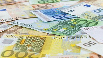 Radio 5 Actualidad - El Tesoro Público coloca 3.077 millones de euros en bonos y obligaciones - Escuchar ahora