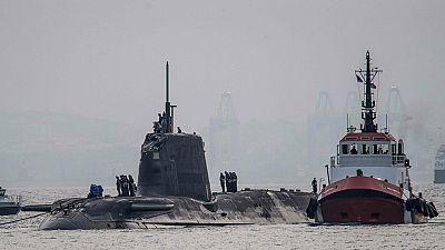 Entre par�ntesis - Espa�a pide explicaciones a Reino Unido por el choque de un submarino nuclear brit�nico con un buque mercante en Gibraltar - Escuchar ahora