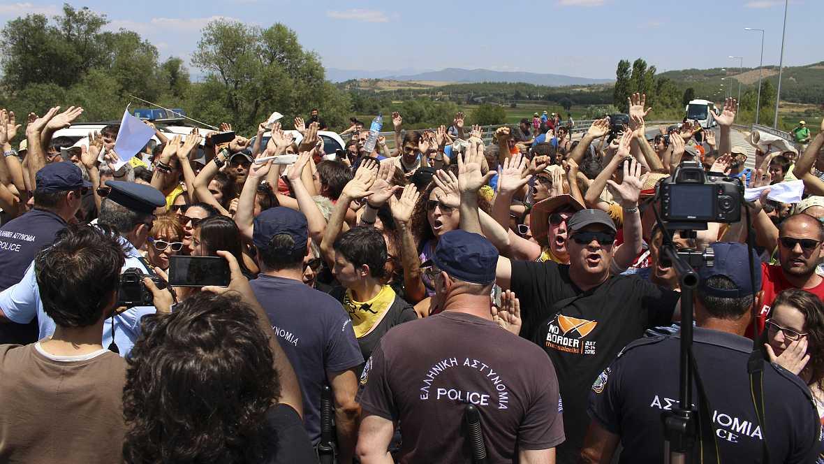 Euopa abierta - Caravana a Grecia: reclamar libertad de movimientos para los refugiados - escuchar ahora