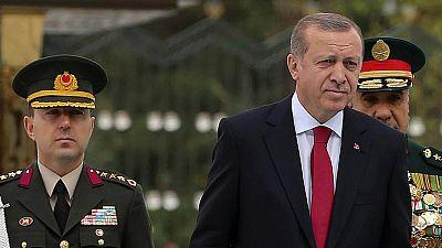 Radio 5 Actualidad - Continúa la purga del Gobierno turco a los golpistas - Escuchar ahora