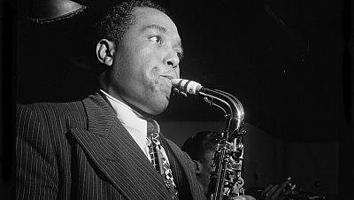 Clásicos del jazz y del swing - El arrollador Charlie Parker - 19/08/16 - escuchar ahora