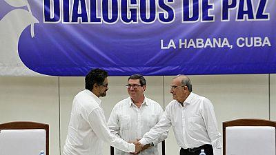 Radio 5 Actualidad - Los colombianos votar�n el acuerdo con las FARC en octubre - 25/08/16- Escuchar ahora