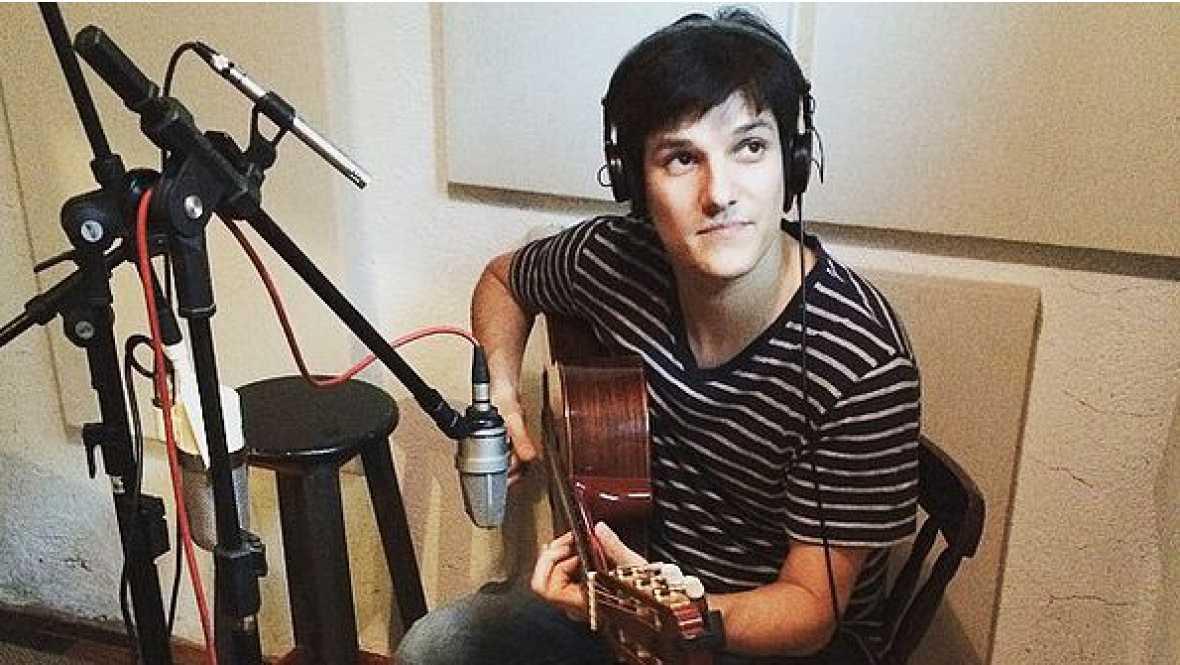 Emissão em Português - Entrevista com instrumentista e compositor Chico Pinheiro - 08/09/16 - Escuchar ahora