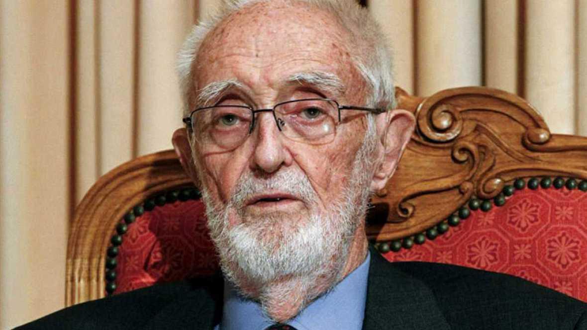 """Las cuñas de RNE - """"José Luis Sampedro, el humanista galante"""", este sábado en 'Documentos RNE' - Escuchar ahora"""