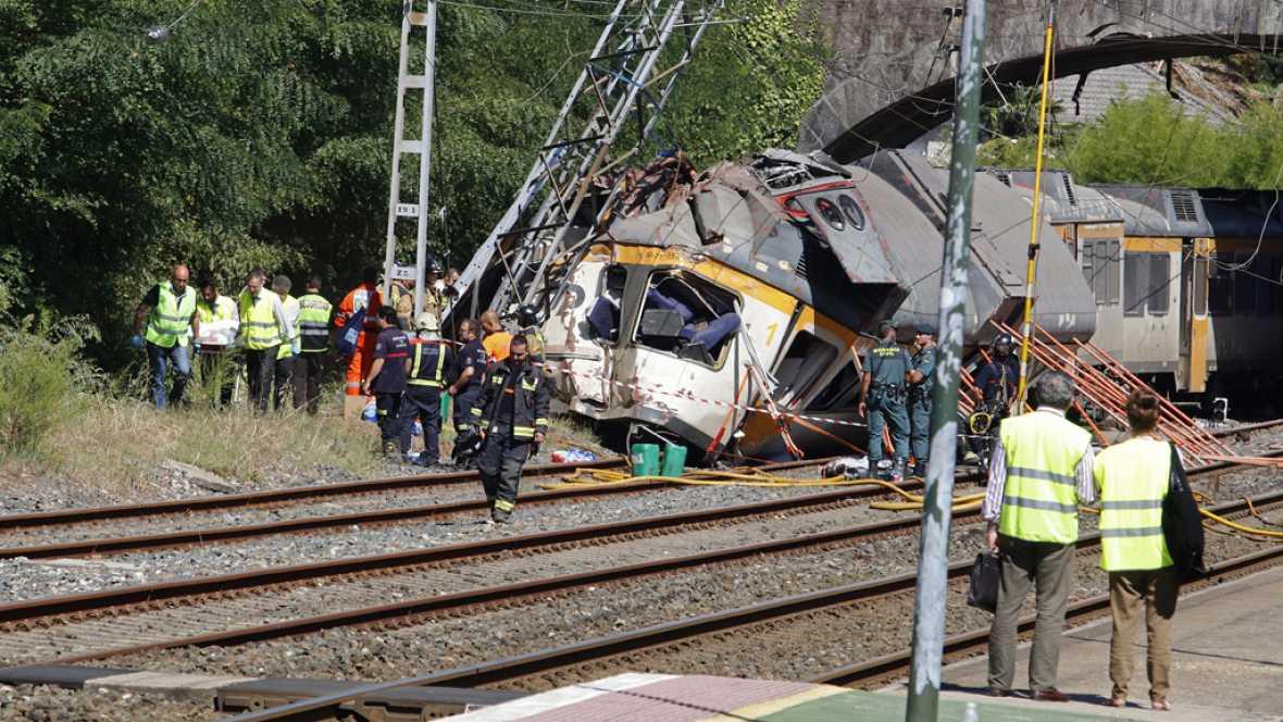 Diario de las 2 - Cuatro muertos tras descarrilar un tren en Pontevedra - Escuchar ahora