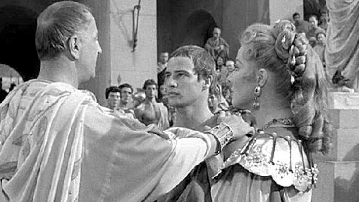 No es un día cualquiera - La mujer del César - Escuchar ahora