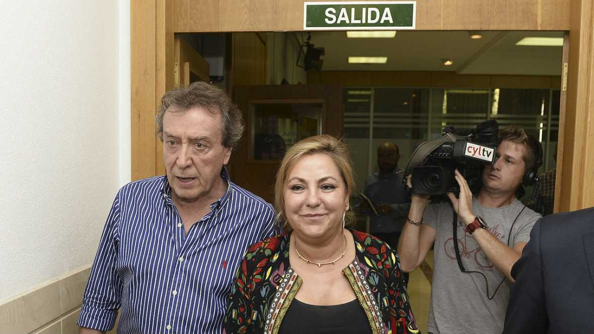 Boletines RNE - La dimisión única vía posible para Valdeón según la oposición - Escuchar ahora