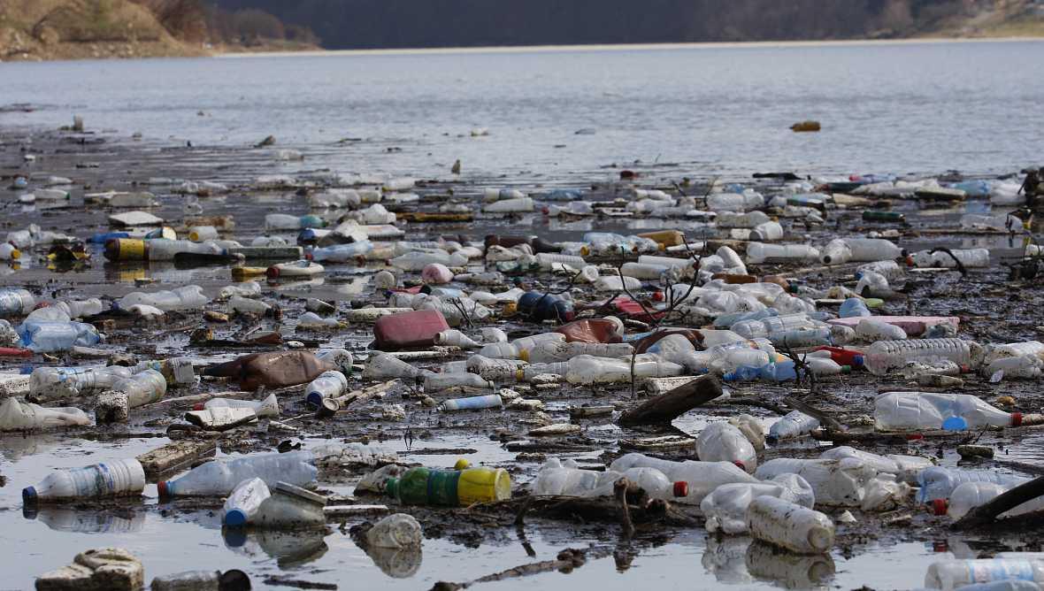 Sostenible y renovable en Radio 5 - El plástico invade el mar - 13/09/16 - Escuchar ahora