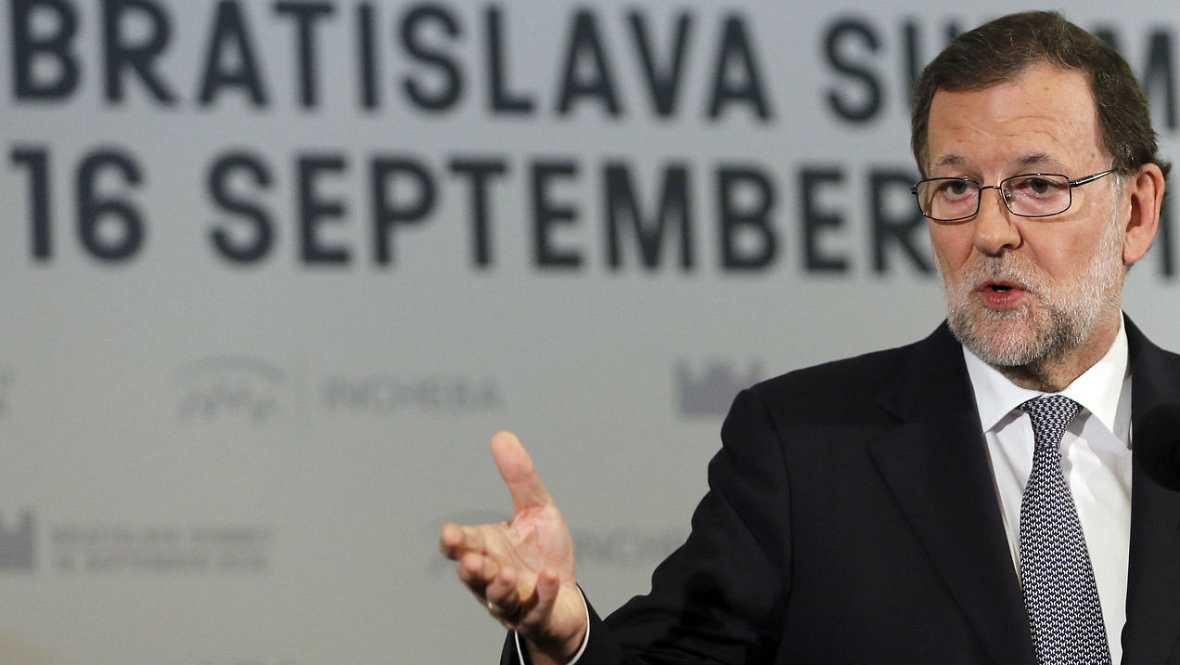 Informativos fin de semana - E-8 - Rajoy rechaza exigirle la renuncia a Barberá, porque ya no es del PP - Escuchar ahora