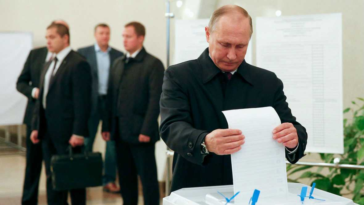 Boletines RNE - Pocas opciones para la oposición en las elecciones rusas - Escuchar ahora