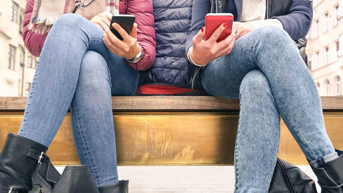 Las mañanas de RNE - El acoso escolar y en las redes sociales, a examen - Escuchar ahora