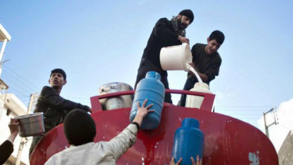 Informativos fin de semana - 20 horas - Cerca de dos millones de personas en Alepo sin agua por los bombardeos - Escuchar ahora