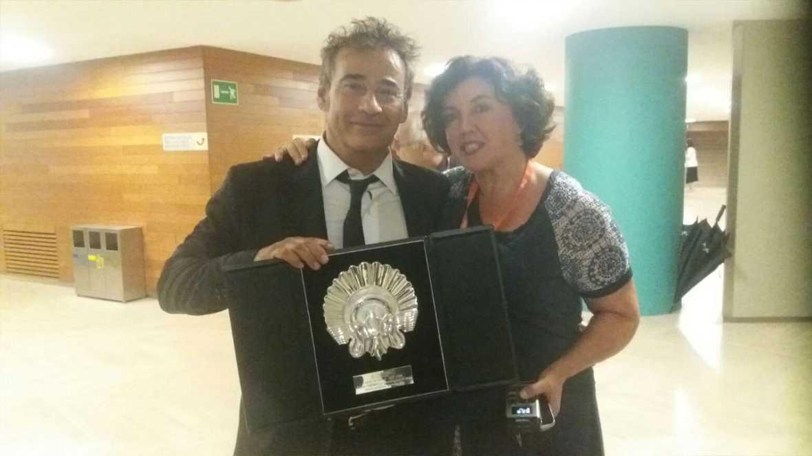 Va de cine - Eduard Fernández, Concha de Plata pels seu paper a 'El hombre de las mil caras'