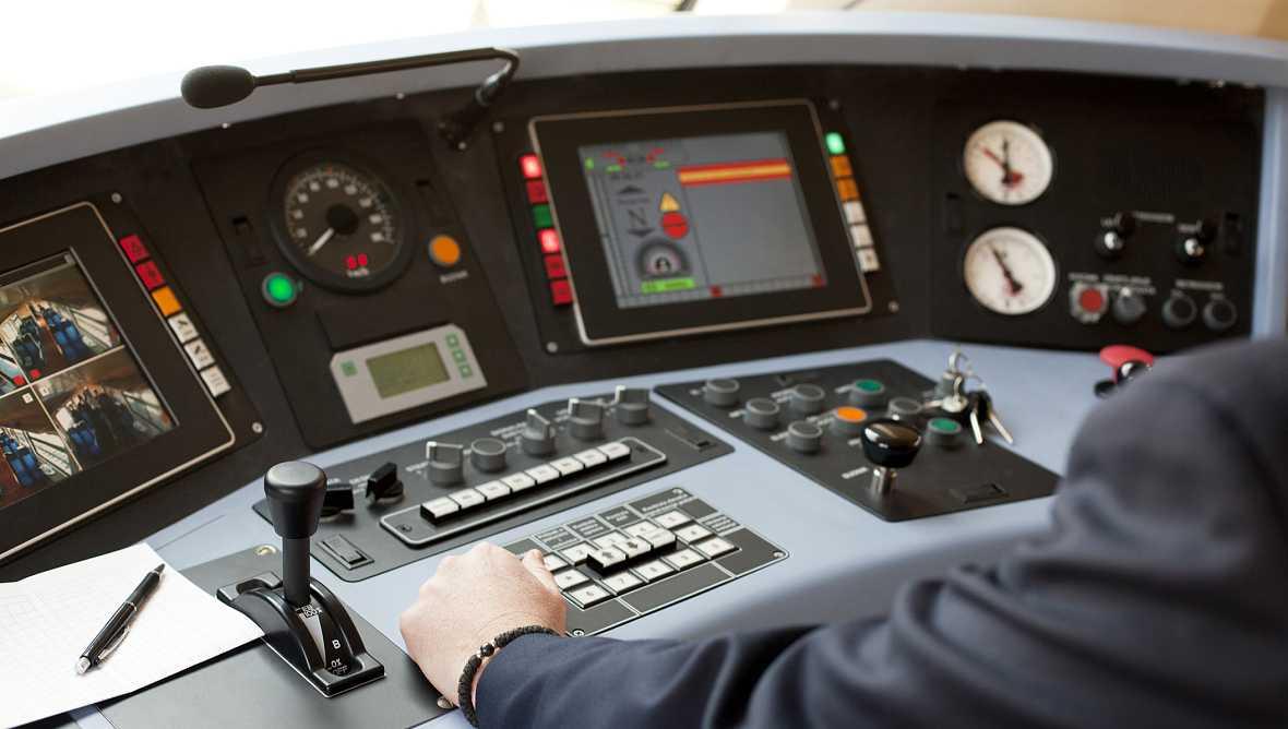 Diez minutos bien empleados - Al volante, ¿jornada limitada? - 03/10/16 - Escuchar ahora