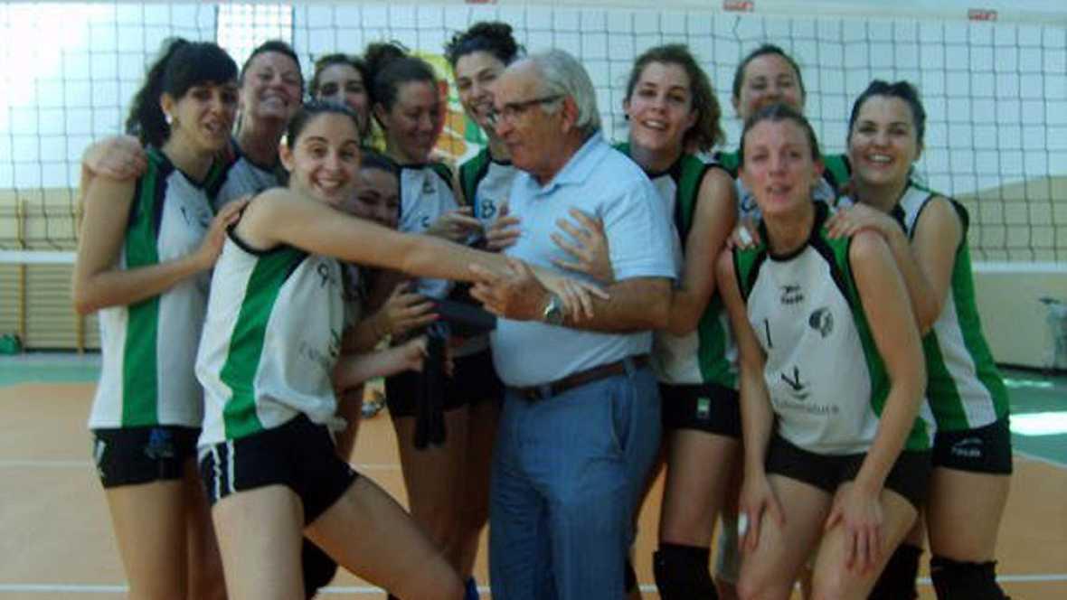 Esto me suena. Las tardes del Ciudadano García - El voleibol, deporte oficial en Arroyo de la Luz - Escuchar ahora