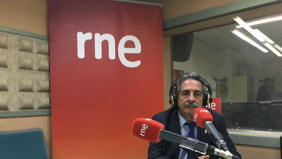 Las mañanas de RNE - Revilla defiende la necesidad de una reunión de presidentes autonómicos - Escuchar ahora